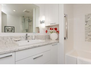 "Photo 13: 201 15367 BUENA VISTA Avenue: White Rock Condo for sale in ""THE PALMS"" (South Surrey White Rock)  : MLS®# R2305501"