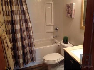 Photo 13: 189 Rochester Avenue in Winnipeg: Fort Richmond Residential for sale (1K)  : MLS®# 1826795