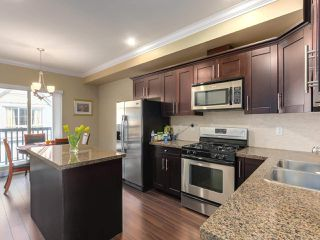 "Photo 5: 13 9688 KEEFER Avenue in Richmond: McLennan North Townhouse for sale in ""CHELSEA ESTATES"" : MLS®# R2319779"