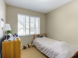 "Photo 12: 13 9688 KEEFER Avenue in Richmond: McLennan North Townhouse for sale in ""CHELSEA ESTATES"" : MLS®# R2319779"