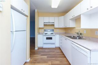 Photo 11: 207 2710 Grosvenor Road in VICTORIA: Vi Oaklands Condo Apartment for sale (Victoria)  : MLS®# 401817