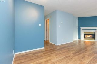 Photo 10: 207 2710 Grosvenor Road in VICTORIA: Vi Oaklands Condo Apartment for sale (Victoria)  : MLS®# 401817