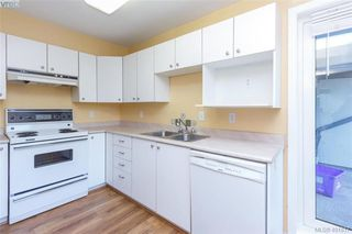 Photo 12: 207 2710 Grosvenor Road in VICTORIA: Vi Oaklands Condo Apartment for sale (Victoria)  : MLS®# 401817