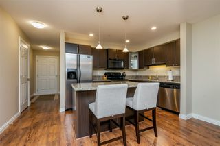 """Photo 4: 301 5488 198 Street in Langley: Langley City Condo for sale in """"BROOKLYN WYND"""" : MLS®# R2334755"""