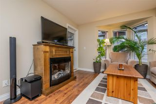 """Photo 10: 301 5488 198 Street in Langley: Langley City Condo for sale in """"BROOKLYN WYND"""" : MLS®# R2334755"""