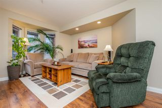 """Photo 9: 301 5488 198 Street in Langley: Langley City Condo for sale in """"BROOKLYN WYND"""" : MLS®# R2334755"""