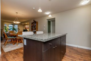 """Photo 8: 301 5488 198 Street in Langley: Langley City Condo for sale in """"BROOKLYN WYND"""" : MLS®# R2334755"""