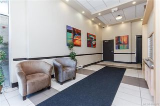 Photo 1: 213 844 Goldstream Ave in VICTORIA: La Langford Proper Condo for sale (Langford)  : MLS®# 804708
