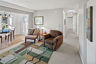 Photo 10: 414 1521 Church Avenue in VICTORIA: SE Cedar Hill Condo Apartment for sale (Saanich East)  : MLS®# 404988