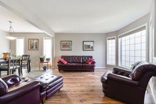 Photo 4: 3303 32 Avenue in Edmonton: Zone 30 House for sale : MLS®# E4143055