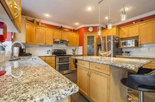 Main Photo: 241 HILLIARD GREEN in Edmonton: Zone 14 House for sale : MLS®# E4144070