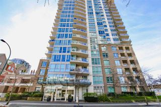 "Photo 17: 1901 120 MILROSS Avenue in Vancouver: Mount Pleasant VE Condo for sale in ""THE BRIGHTON"" (Vancouver East)  : MLS®# R2341532"