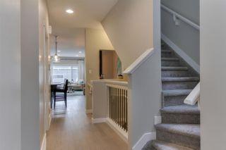 Photo 5: 9349 74 Avenue in Edmonton: Zone 17 House for sale : MLS®# E4145442