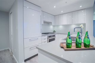 """Photo 5: 2706 6638 DUNBLANE Avenue in Burnaby: Metrotown Condo for sale in """"MODORI"""" (Burnaby South)  : MLS®# R2346023"""