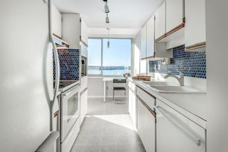 """Photo 12: 1201 1835 MORTON Avenue in Vancouver: West End VW Condo for sale in """"OCEAN TOWERS"""" (Vancouver West)  : MLS®# R2351386"""