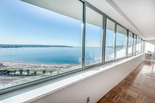 """Photo 10: 1201 1835 MORTON Avenue in Vancouver: West End VW Condo for sale in """"OCEAN TOWERS"""" (Vancouver West)  : MLS®# R2351386"""