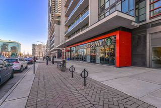 Photo 3: 3409 4070 Confederation Parkway in Mississauga: City Centre Condo for sale : MLS®# W4403158