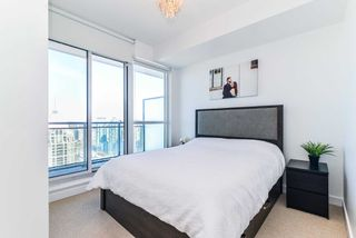Photo 13: 3409 4070 Confederation Parkway in Mississauga: City Centre Condo for sale : MLS®# W4403158