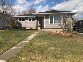 Main Photo: 4302 34 Avenue: Leduc House for sale : MLS®# E4154210