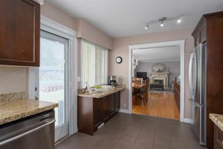 Photo 5: 423 MONTGOMERY Street in Coquitlam: Central Coquitlam House for sale : MLS®# R2380693