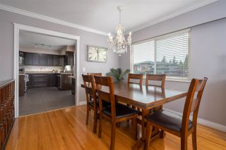 Photo 3: 423 MONTGOMERY Street in Coquitlam: Central Coquitlam House for sale : MLS®# R2380693