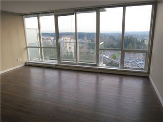 Photo 4: 2106 9981 WHALLEY Boulevard in Surrey: Whalley Condo for sale (North Surrey)  : MLS®# R2381088