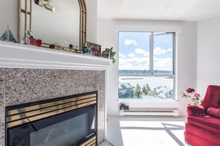 "Photo 3: 1407 1185 QUAYSIDE Drive in New Westminster: Quay Condo for sale in ""RIVERIA TOWERS"" : MLS®# R2382149"