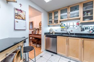 """Photo 9: 1407 1185 QUAYSIDE Drive in New Westminster: Quay Condo for sale in """"RIVERIA TOWERS"""" : MLS®# R2382149"""