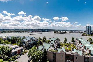 "Photo 5: 1407 1185 QUAYSIDE Drive in New Westminster: Quay Condo for sale in ""RIVERIA TOWERS"" : MLS®# R2382149"