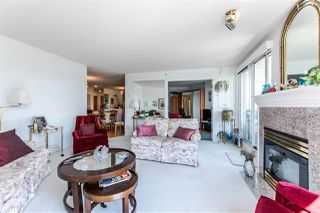 """Photo 4: 1407 1185 QUAYSIDE Drive in New Westminster: Quay Condo for sale in """"RIVERIA TOWERS"""" : MLS®# R2382149"""