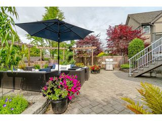 Photo 2: 15619 37A Avenue in Surrey: Morgan Creek House for sale (South Surrey White Rock)  : MLS®# R2384930