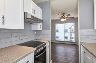 """Photo 3: 305 715 ROYAL Avenue in New Westminster: Uptown NW Condo for sale in """"VISTA ROYAL"""" : MLS®# R2420614"""
