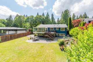 Photo 2: 3262 FAIRMONT ROAD in North Vancouver: Edgemont House for sale : MLS®# R2465183