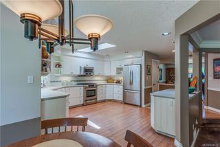 Photo 11: 2477 Prospector Way in Langford: La Florence Lake Single Family Detached for sale : MLS®# 844513