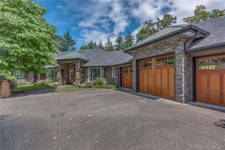Photo 2: 2477 Prospector Way in Langford: La Florence Lake Single Family Detached for sale : MLS®# 844513