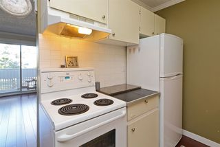"Photo 12: 302 2055 SUFFOLK Avenue in Port Coquitlam: Glenwood PQ Condo for sale in ""SUFFOLK MANOR"" : MLS®# R2482608"