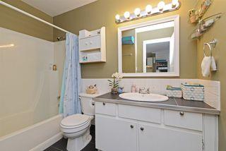 "Photo 15: 302 2055 SUFFOLK Avenue in Port Coquitlam: Glenwood PQ Condo for sale in ""SUFFOLK MANOR"" : MLS®# R2482608"