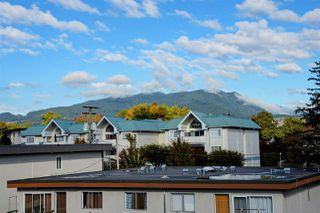 "Photo 18: 302 2055 SUFFOLK Avenue in Port Coquitlam: Glenwood PQ Condo for sale in ""SUFFOLK MANOR"" : MLS®# R2482608"