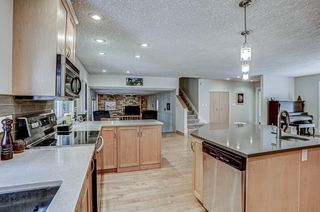 Photo 11: 916 LAKE PLACID Drive SE in Calgary: Lake Bonavista Detached for sale : MLS®# A1029823