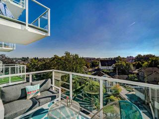 """Photo 34: 706 2221 E 30TH Avenue in Vancouver: Victoria VE Condo for sale in """"KENSINGTON GARDENS BY WESTBANK"""" (Vancouver East)  : MLS®# R2511988"""