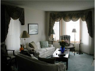 Photo 4: 4 8 RIVERVIEW Circle: Cochrane Residential Attached for sale : MLS®# C3472564