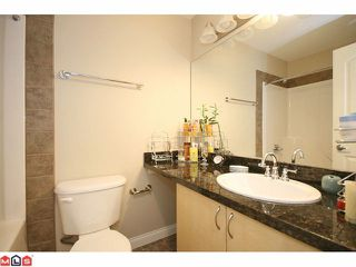 "Photo 7: 305 19774 56TH Avenue in Langley: Langley City Condo for sale in ""MADISON"" : MLS®# F1118288"