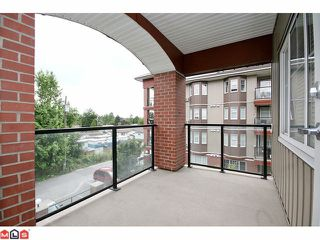 "Photo 10: 305 19774 56TH Avenue in Langley: Langley City Condo for sale in ""MADISON"" : MLS®# F1118288"