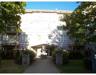 Photo 1: 401 4950 McGeer Street in Vancouver: Collingwood VE Condo for sale (Vancouver East)  : MLS®# V776166