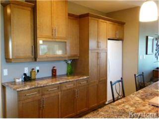 Photo 8: 96 Veert Road in WINNIPEG: South St Vital Residential for sale (South East Winnipeg)  : MLS®# 1325224