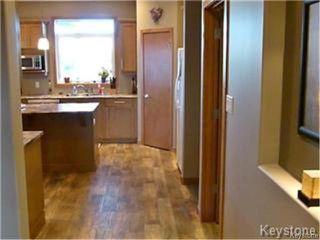 Photo 7: 96 Veert Road in WINNIPEG: South St Vital Residential for sale (South East Winnipeg)  : MLS®# 1325224