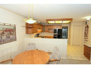 """Photo 4: 1 1804 SOUTHMERE Crescent in Surrey: Sunnyside Park Surrey Townhouse for sale in """"Southpointe"""" (South Surrey White Rock)  : MLS®# F1400793"""