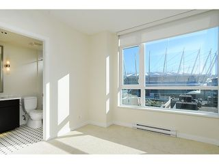 "Photo 7: 707 821 CAMBIE Street in Vancouver: Downtown VW Condo for sale in ""Raffles"" (Vancouver West)  : MLS®# V1044457"
