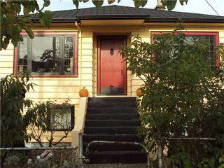 Main Photo: 1643 GRANT Street in Vancouver East: Grandview VE Home for sale ()  : MLS®# V919156