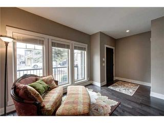 Photo 2: 1940 43 Avenue SW in CALGARY: Altadore_River Park Residential Detached Single Family for sale (Calgary)  : MLS®# C3611709